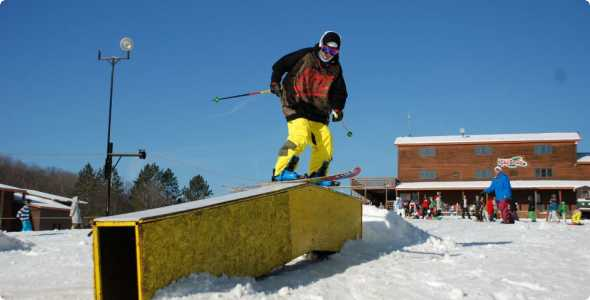 ski-brule-ski-box_590_300_50_all_5_s_c1_center_center_0_0_1
