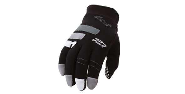 pow_high_five_glove_black_590_300_50_all_5_s_c1_center_center_0_0_1